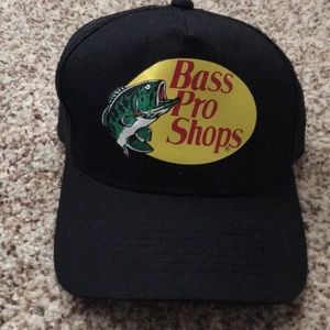 Accessories - Bass pro snap back hat